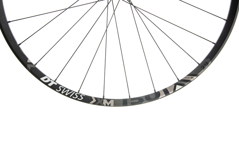 "DT Swiss XM 1501 Spline One 25 Aluminum Tubeless 29"" Wheelset cockpit"