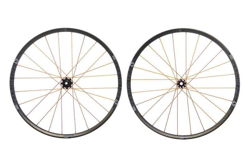 "Industry Nine Enduro 310C Carbon Tubeless 29"" Wheelset drive side"