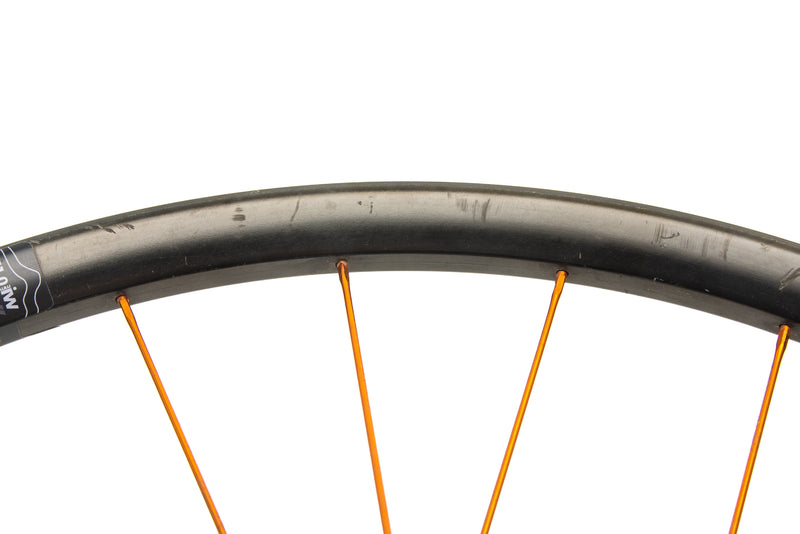 "Industry Nine Enduro 310C Carbon Tubeless 29"" Wheelset detail 2"
