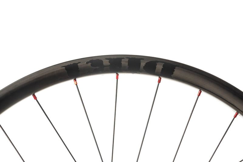 "Dirt Components Rough Country Carbon Tubeless 27.5"" Wheelset cockpit"