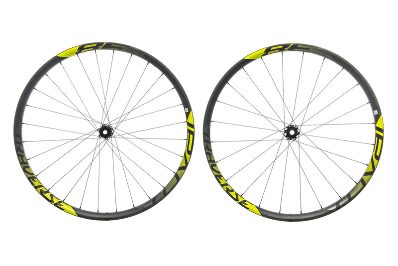 "Roval Traverse 38 Carbon Tubeless 27.5"" Wheelset non-drive side"