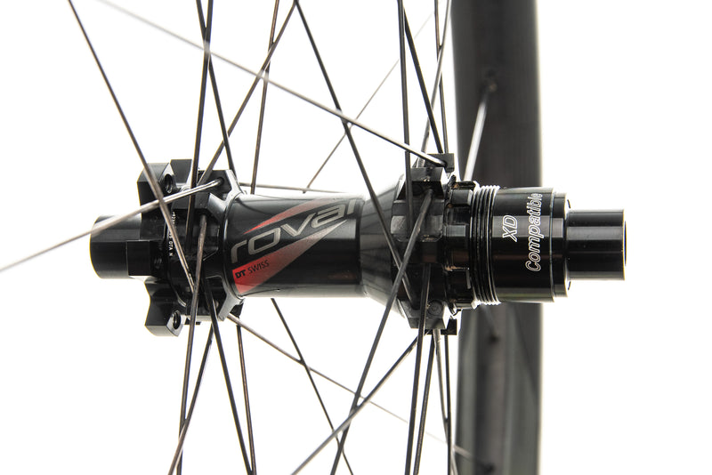 "Roval Traverse 38 Carbon Tubeless 27.5"" Wheelset sticker"