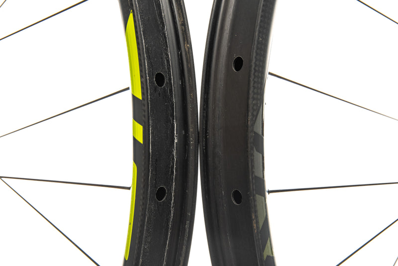 "Roval Traverse 38 Carbon Tubeless 27.5"" Wheelset front wheel"