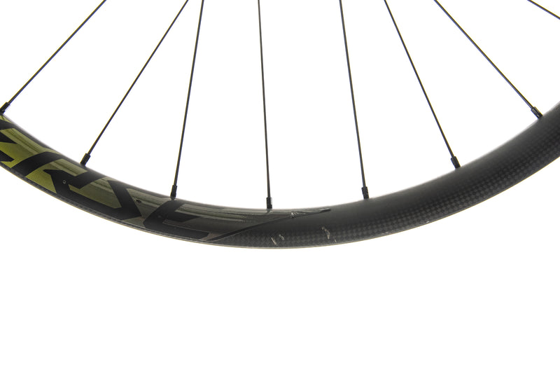 "Roval Traverse 38 Carbon Tubeless 27.5"" Wheelset detail 3"