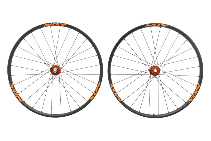 "NOX Teocalli Carbon Tubeless 29"" Wheelset non-drive side"