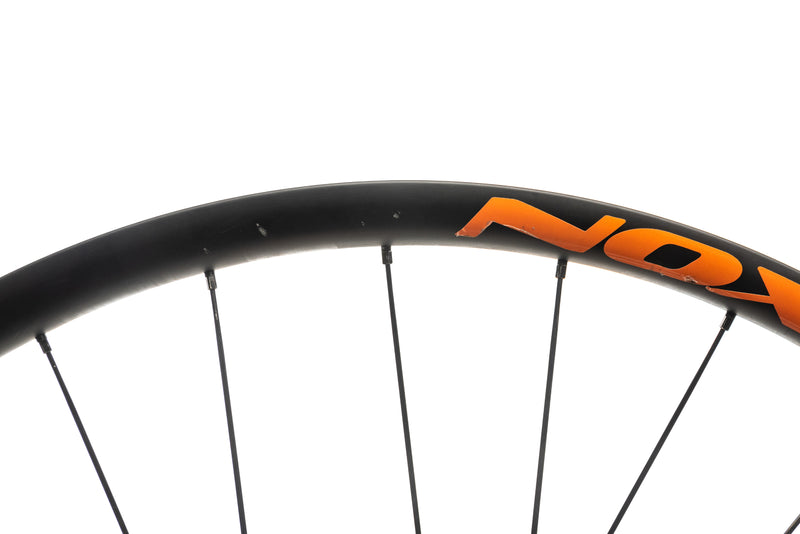 "NOX Teocalli Carbon Tubeless 29"" Wheelset detail 2"