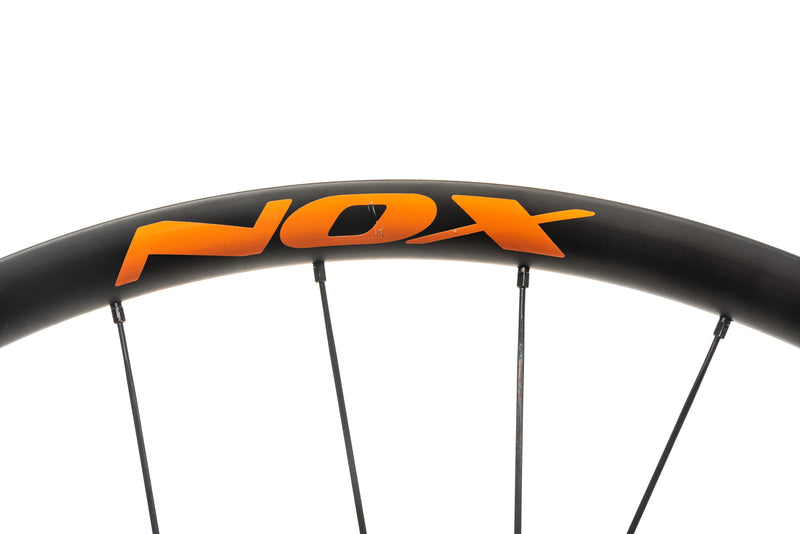 "NOX Teocalli Carbon Tubeless 29"" Wheelset detail 3"