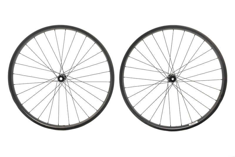 "Reynolds Plus 407 Carbon Tubeless 27.5"" Wheelset non-drive side"