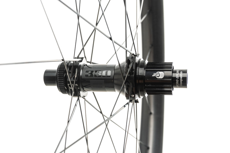 "Reynolds Plus 407 Carbon Tubeless 27.5"" Wheelset sticker"
