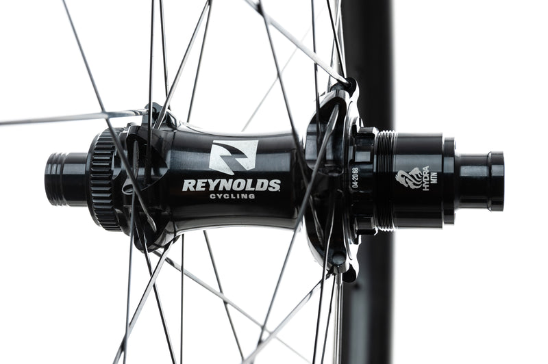 "Reynolds Black Label Wide Trail 349 Carbon Tubeless 29"" Wheelset sticker"