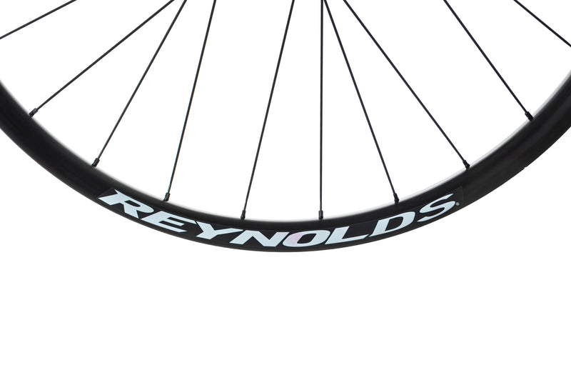 "Reynolds Black Label Wide Trail 349 Carbon Tubeless 29"" Wheelset cockpit"