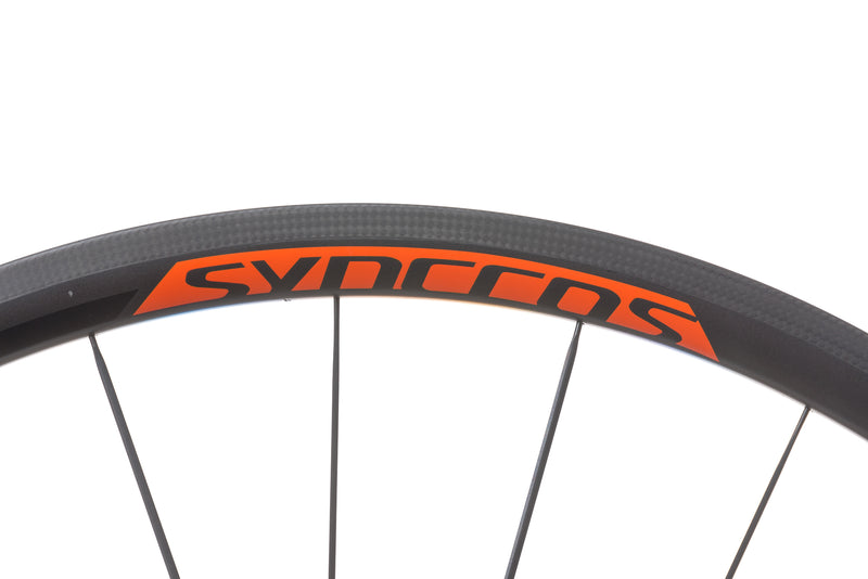 Syncros RL 1.0 Carbon Clincher 700c Wheelset front wheel