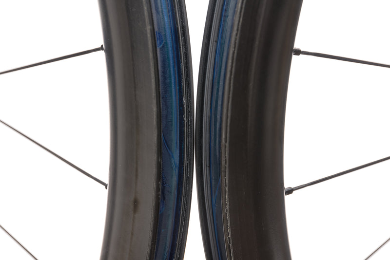 Reynolds AR41 DB Carbon Tubeless 700c Wheelset front wheel
