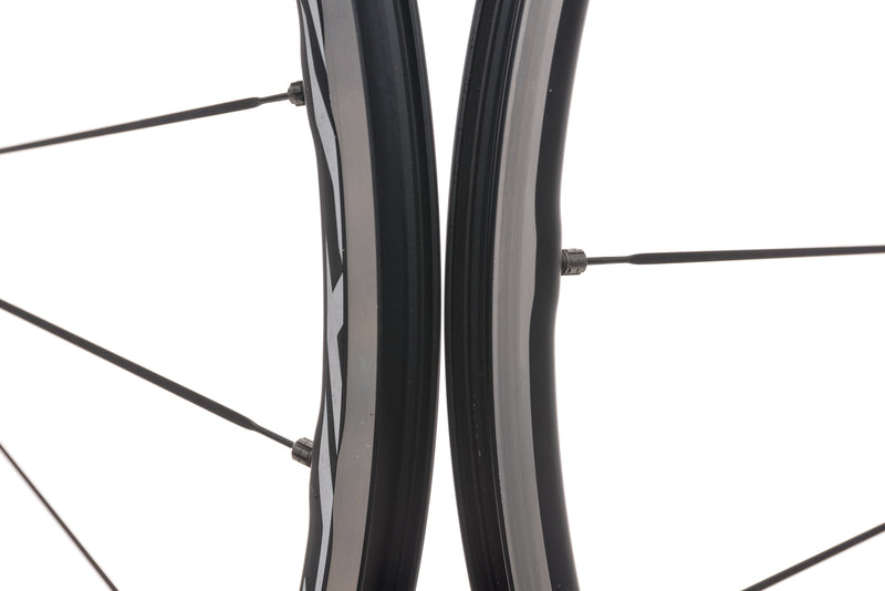 Mavic Ksyrium Elite Aluminum Clincher 700c Wheelset front wheel