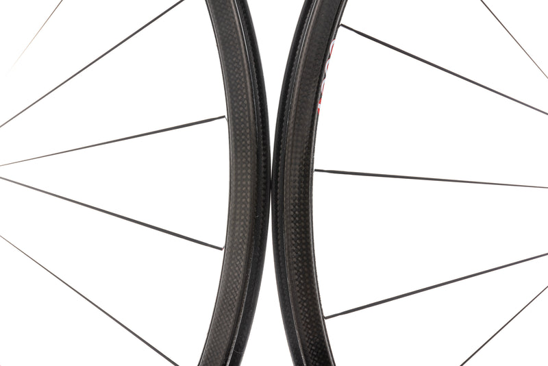 Campagnolo Hyperon Ultra Two Carbon Clincher 700c Wheelset front wheel