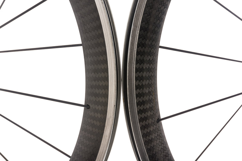 Mavic Cosmic Pro Carbon Clincher 700c Wheelset front wheel