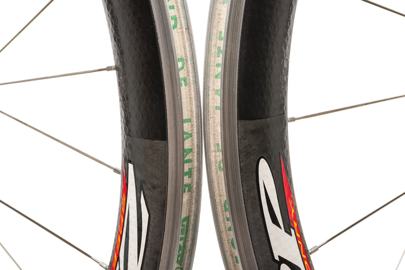 Zipp 404 Carbon Clincher 700c Wheelset front wheel