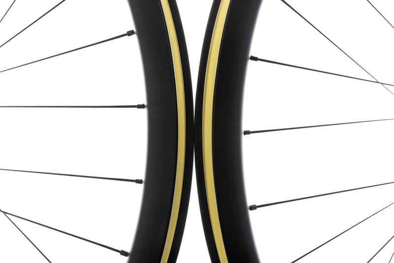 Derby CX 23i Carbon Tubeless 700c Wheelset front wheel