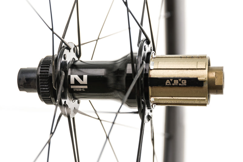 Novatec R5 Disc Carbon Clincher 700c Wheelset sticker
