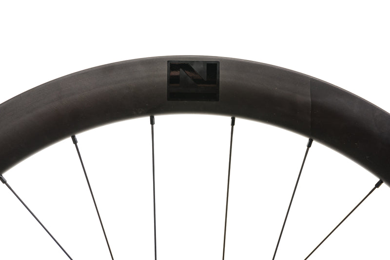 Novatec R5 Disc Carbon Clincher 700c Wheelset cockpit