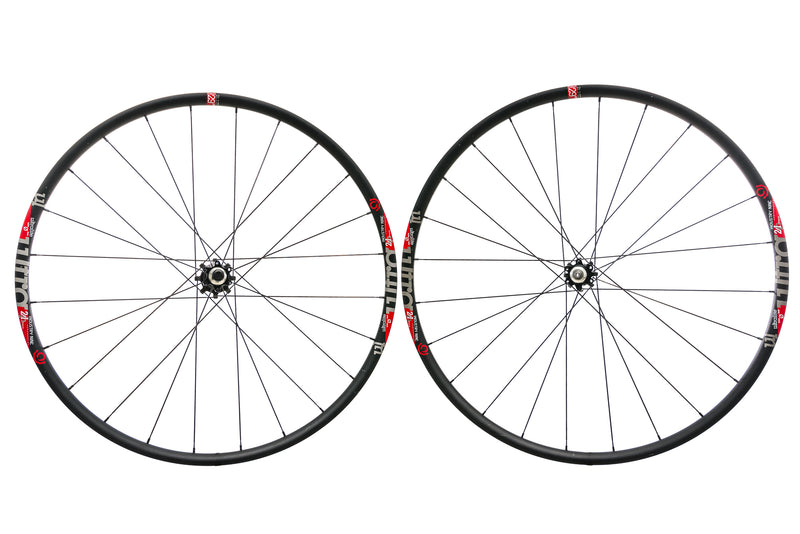Industry Nine Ultralite Aluminum Tubeless 700c Wheelset non-drive side