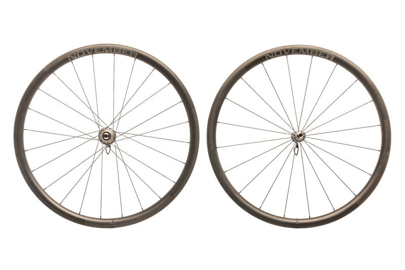 November Rail 34 Carbon Clincher 700c Wheelset drive side