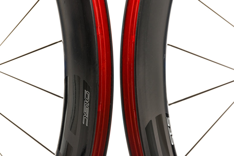ENVE SES 5.6 Carbon Tubeless 700c Wheelset front wheel
