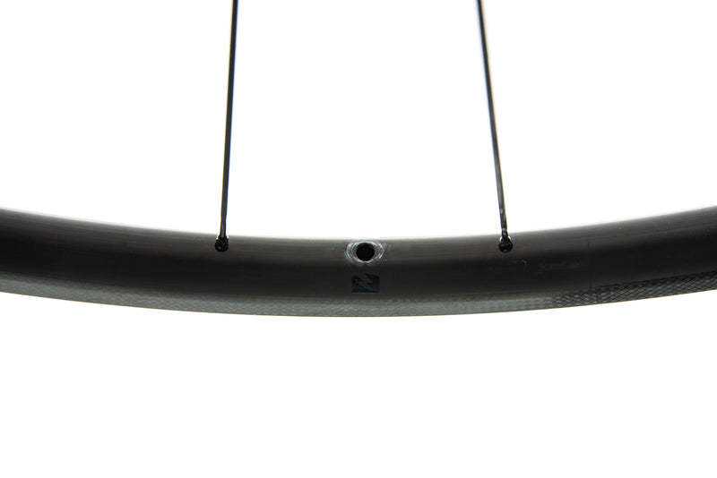 Reynolds Attack Carbon Tubeless 700c Wheelset crank