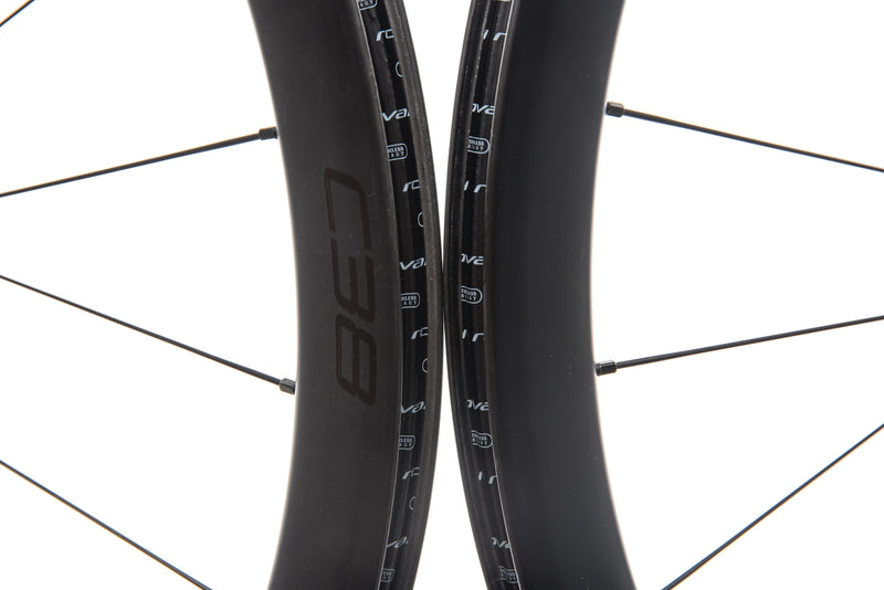Roval C38 Disc Carbon Tubeless 700c Wheelset front wheel