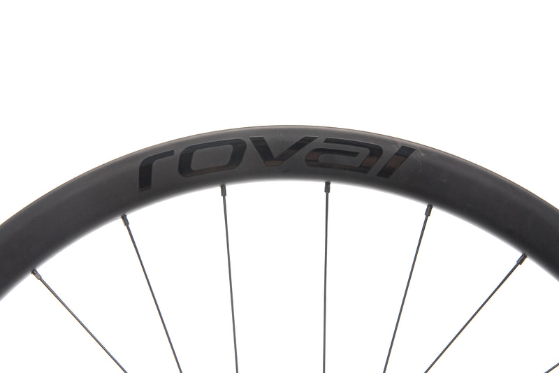 Roval C38 Disc Carbon Tubeless 700c Wheelset cockpit