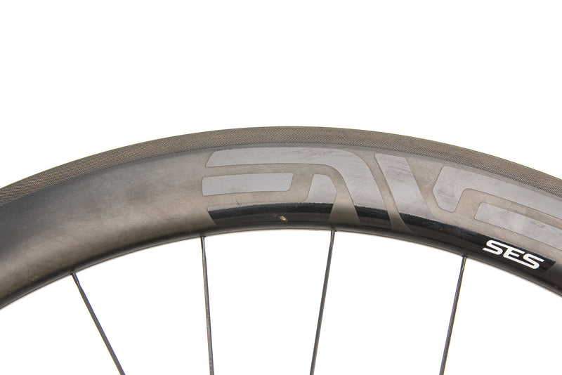 ENVE SES 4.5 Carbon Clincher 700c Wheelset detail 1