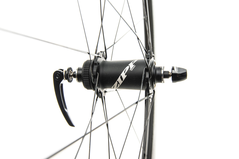 Zipp 404 NSW Disc Carbon Tubeless 700c Wheelset drivetrain