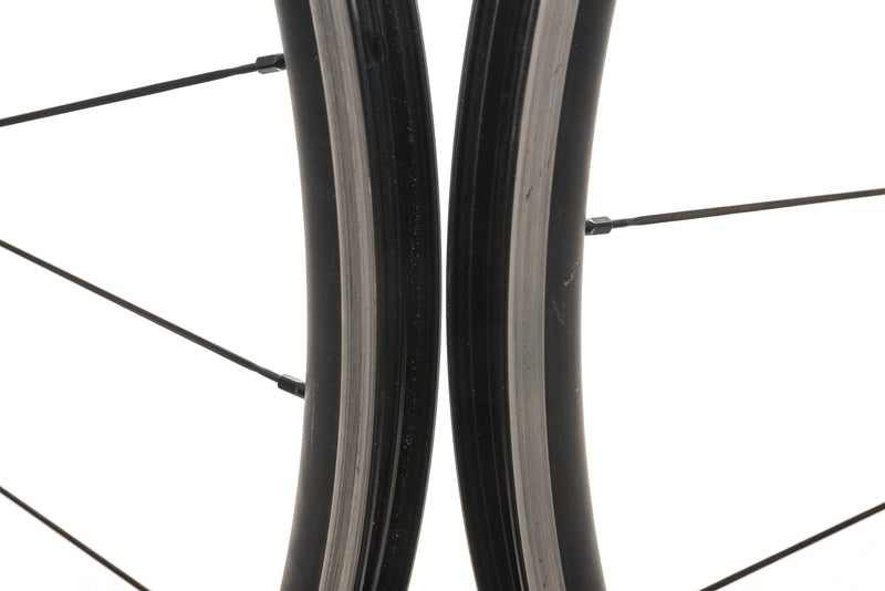 Zipp 30 Course Alloy Tubeless 700c Wheelset front wheel