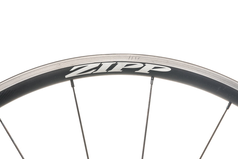 Zipp 30 Course Alloy Tubeless 700c Wheelset cockpit