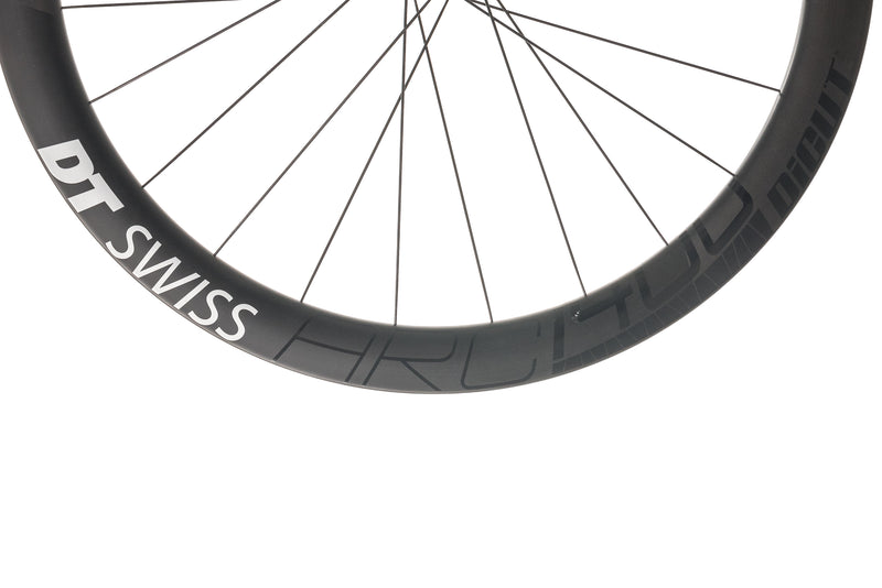 DT Swiss ARC 1400 DiCut Carbon Tubeless 700c Wheelset cockpit