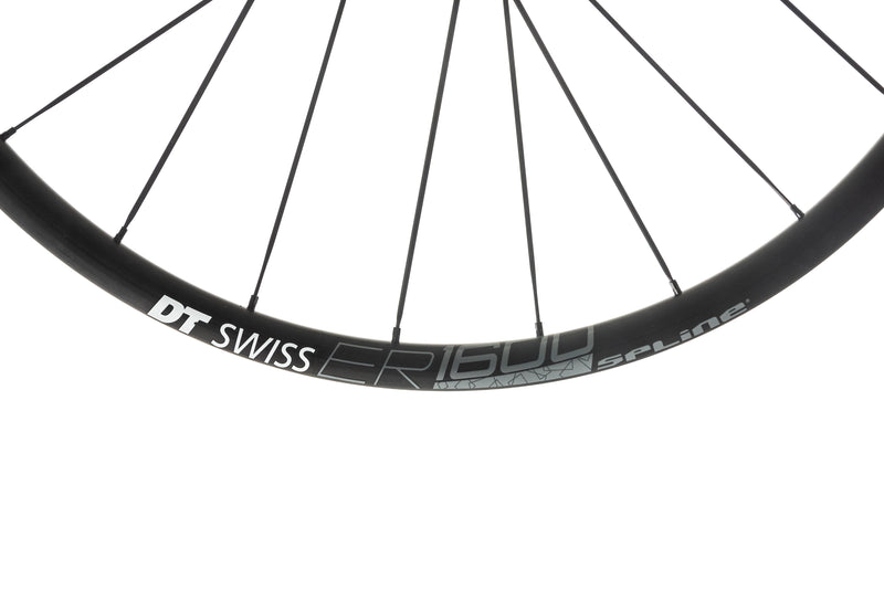 DT Swiss ER 1600 Spline 23 Disc Alloy Tubeless 650c Wheelset cockpit
