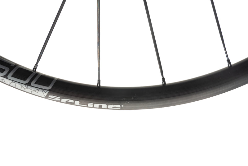 DT Swiss ER 1600 Spline 23 Disc Alloy Tubeless 650c Wheelset detail 1