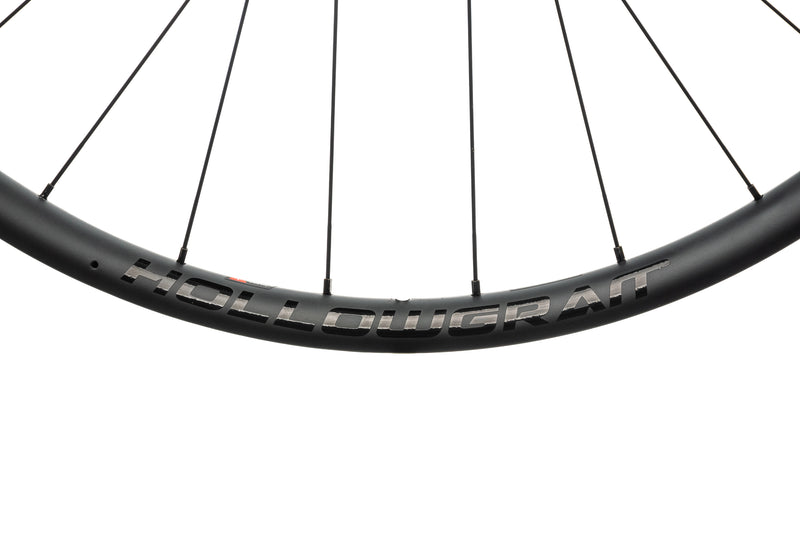 Cannondale HollowGram HG22 Carbon Tubeless 700c Wheelset front wheel