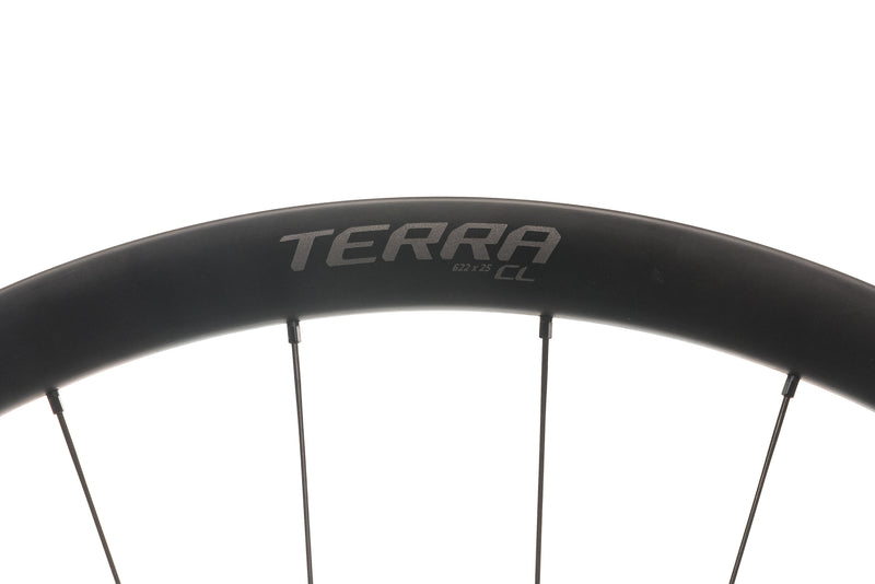 Roval Terra CL Carbon Tubeless 700c Wheelset cockpit