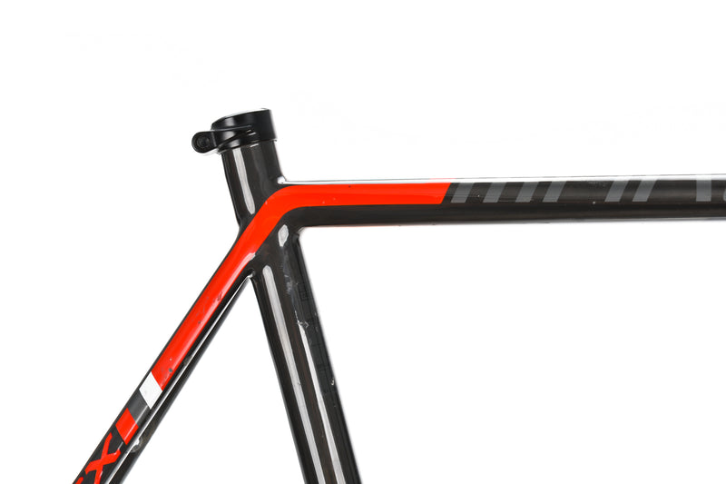 2016 Focus Mares Cyclocross Frame 60cm XX-Large Carbon Disc Thru Axle PF30 front wheel