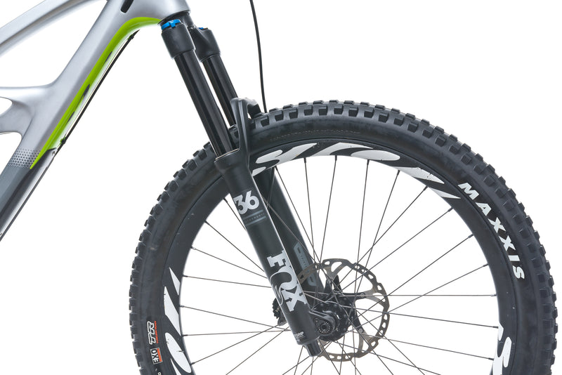 Ibis Mojo HD4 Large 27.5 Bike - 2018 front wheel
