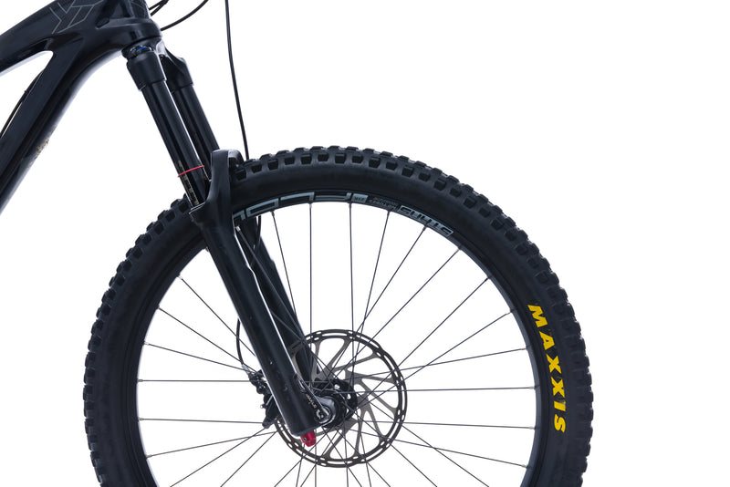 YT Capra CF Comp Medium Bike - 2016 front wheel