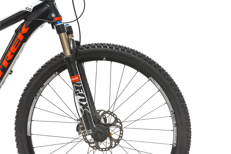 Trek Superfly 100 AL 17.5in Bike - 2012 front wheel