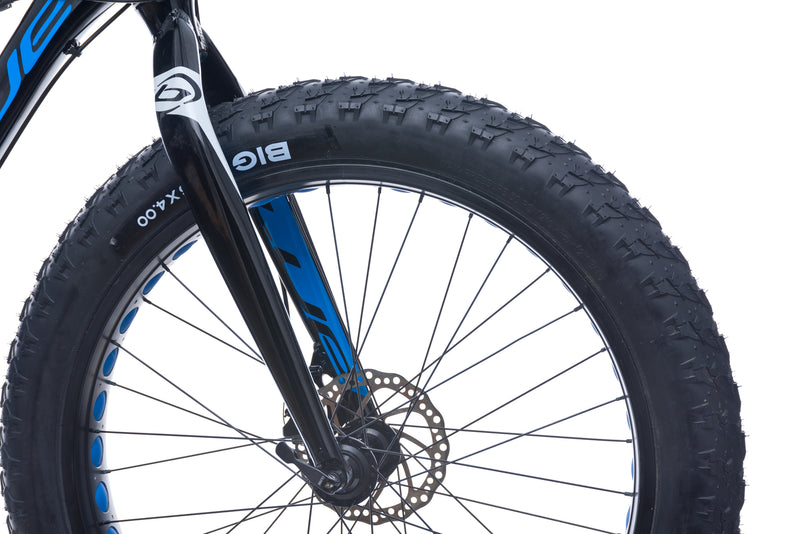 Blue Philly Medium Bike - 2017 front wheel