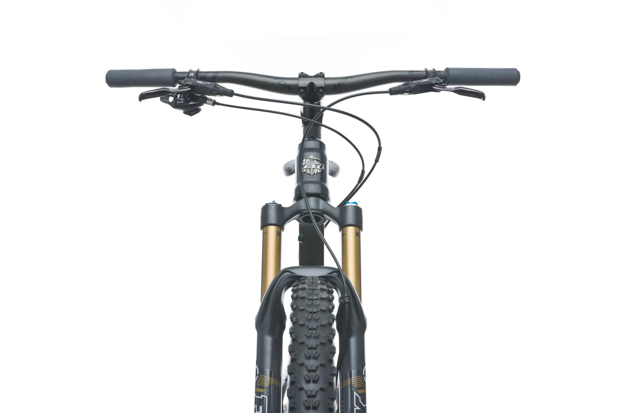 Yeti SB95 Medium Bike - 2014 cockpit