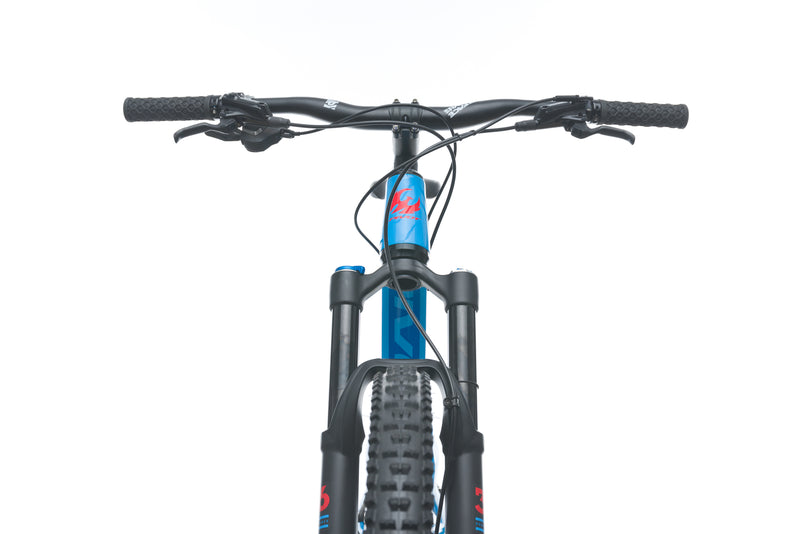 Pivot Switchblade Large Bike - 2017 cockpit