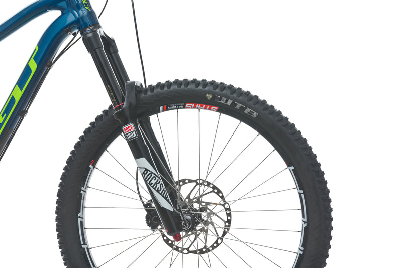 GT Force X Sport Large Bike - 2016 front wheel