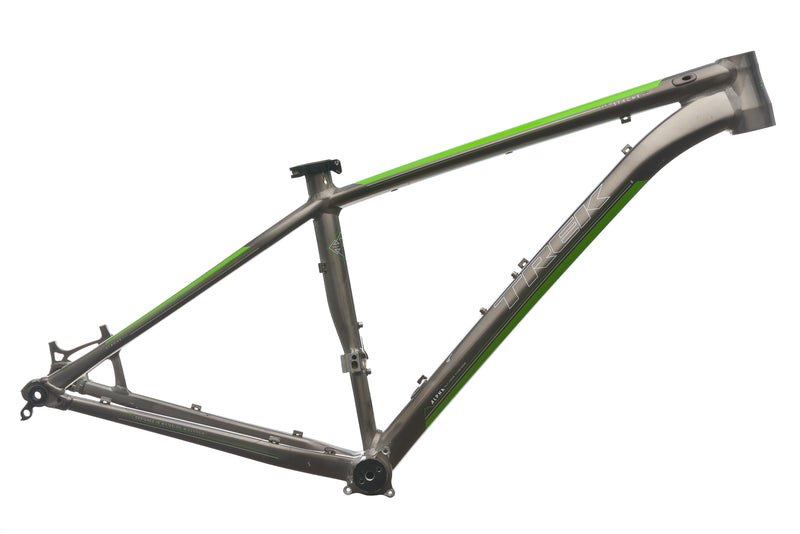 Trek Stache 8 Medium Frame - 2013 drive side