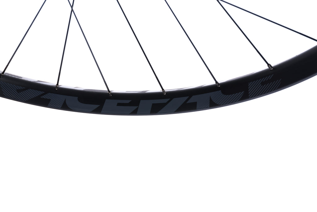 "Race Face Aeffect R 30 Aluminum Clincher 29"" Rear Wheel front wheel"