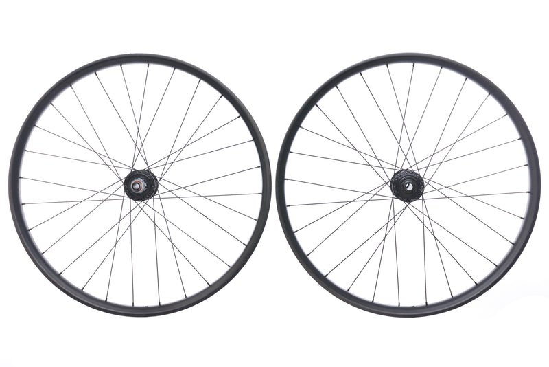 "E*Thirteen TRS Carbon Tubeless 27.5"" Wheelset non-drive side"